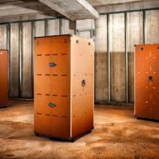 Baule industriale / espositore da negozio realizzato da Atyd  info@atyd.it www.atyd.it
