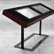 TECNO. Digital signage desk realizzati da 55100 per il MUSA (Museo virtuale della scultura e dell'architettura di Pietrasanta). Progettista: arch. Nicola Nottoli  info@55100.it www.55100.it